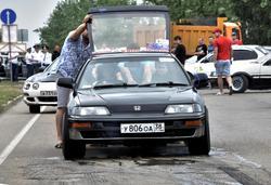 Дар и проклятье второго класса, детище Алексея Карева – злой Honda CR-X. Никто в FS-A не смог догнать эту машину, а по своему времени на квотере она вполне может претендовать на «тумбочку» даже в FS-B