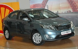 Kia Rio пока отстает по результатам от своего «коллеги» Hyundai Solaris, однако его продажи все равно выросли вдвое