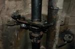 Для кронштейна подвесного подшипника пришлось создавать точки крепления. Половинки карданного вала не резались – подбирались по длине