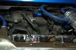 Впускной тракт не входил под капот – пришлось резать моторный щит