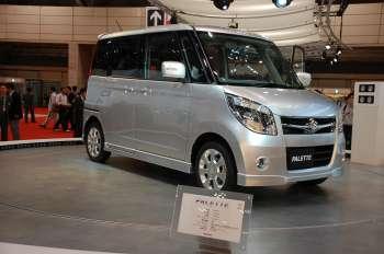 Автосалон в Токио   Порой трудно отличить один компактный городской автомобильчик от другого, но японцы не только умеют это делать, они еще неплохо ориентируются в достоинствах и недостатках каждой модели