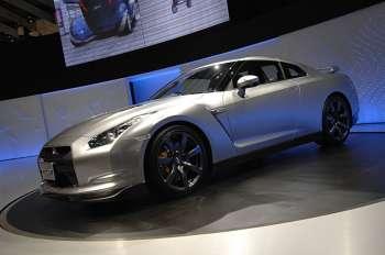 Nissan GT-R | Дизайн нового Nissan GT-R — квинтэссенция стилей моделей 350Z и Skyline GT-R в 34-м кузове