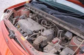 Toyota bB | «Полторашка» без труда вывозит тонну снаряженной массы, однако после 130 км/ч упирается в ограничитель, природу которого нам выяснить не удалось