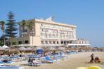 На этой части острова достаточно отелей всех уровней — от пятизвездочных до скромных семейных пансионов. Более-менее крупные отели обязательно имеют казино | Северный Кипр