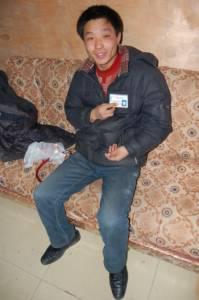 Автомобильная Маньчжурия | Наш китайский «экскурсовод» Ваня. Утверждает, что восемь лет работал переводчиком в России. К сожалению, по-русски толком говорить так и не научился. Это характерно для подавляющего большинства китайцев
