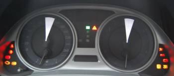 Lexus IS 250 | Момент пробуждения оптитронной панели приборов завораживает: шкалы еще не проснулись, а стрелки уже успевают пробежать до края циферблатов и вернуться обратно
