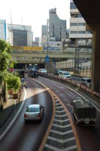 Япония | Иногда на автомобильных развязках очень сложно понять, где заканчивается подземная часть дороги и начинается надземная, и где вообще сама земля