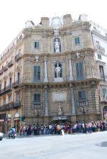 Палермо — бывшая королевская столица, и с этим приходится сталкиваться буквально на каждом шагу   Сицилия