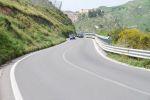 Несмотря на то что местные дороги изобилуют поворотами, сицилийцы устраивают на них азартные гонки   Сицилия