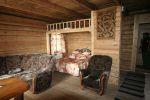 Для всех туристических баз характерно деревянное исполнение | Турбазы Малого моря и о. Ольхон
