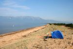 Тем, кто предпочитает тишину, можно предложить поездку на пляжи восточного берега Байкала | Турбазы Малого моря и о. Ольхон