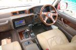 Интерьер «восьмидесятки» до сих пор актуален дизайном и, несомненно, удобен   Toyota Land Cruiser 80