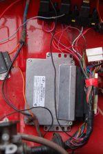 Для корректной работы отечественному процессору достаточно всего лишь трех датчиков: положения дроссельных заслонок, коленвала и температуры охлаждающей жидкости | Москвич - 412