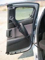 Задние двери небольшие и открываются только после передних, но скрывают за собой широкие проемы без центральной стойки | Mazda RX-8