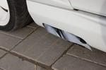 Сдвоенные сопла прямоточных глушителей по бортам — полная копия «настоящих». Для их инсталляции пришлось полностью переделать выхлопную систему S500 | Mercedes-Benz S500 McLaren