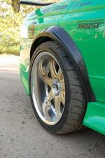 Подвеска Skyline GT-R потребовала расширения крыльев и установки дополнительных накладок на колесные арки | Honda Civic Ferio RS / Nissan Skyline