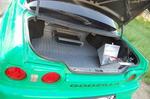 Багажное отделение Skyline не предполагает какого-то вызывающего Super custom — рифленый алюминий, усилитель и аккумулятор, не вместившийся в моторный отсек | Honda Civic Ferio RS / Nissan Skyline