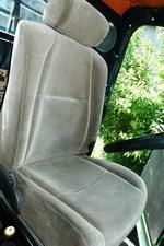 Не обошлось и без «иностранщины» — комфортного водительского кресла от Mark II | Урал 357Д