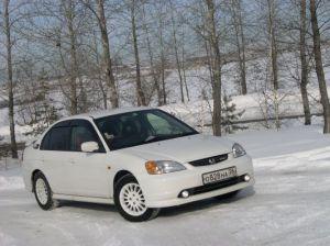 Honda Civic Ferio RS | Март 2006 года. Еще почти стандартный седан Honda Civic Ferio RS, но уже положено начало тюнинг-эпопее, а «кончившийся» через полгода вариатор придал этому процессу необратимый и глобальный характер