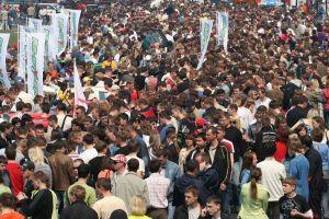 БайкалМоторШоу - 2008 | Безбрежное человеческое море — за всю историю Иркутской области еще ни одно массовое мероприятие не собирало столько зрителей, как БМШ-2008