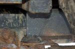 Основным и единственным лифт-элементом стал швеллер. По словам Андрея Цыганкова, при такой высоте подъема кузова подобное решение позволило свести к минимуму воздействие сдвигающего усилия, полностью исключив работу на разрыв | Иркутск — Порт Байкал