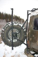 Даже такая деталь, как «калитка», может быть выполнена не без изящества. Хотя здесь преследовалась цель и максимального снижения веса | Иркутск — Порт Байкал