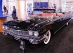 Cadillac Eldorado 1959-1966 годов производства. Вот он, символ «зажиточной» Америки той романтической поры. Выпускался в кузове купе и кабриолет, с 6,4-литровым V8, мощность которого в зависимости от версии достигала 340 л.с. | SEMA Show: ретро