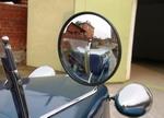 Наружные зеркала на Tatra сферические, и закреплены на изящной рамке лобового стекла | Tatra 57A Sport