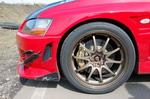 Чем быстрее автомобиль, тем совершеннее должна быть его тормозная система. Эффективным замедлением Evo заведуют механизмы GReddy — 6-поршневые спереди и 4-поршневые сзади | ММС Lancer EVO VIII