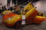 «Лезть» в гибридную установку на Toyota Prius желающих нет, но почему бы не сделать этому хэтчбеку основательный рестайлинг? | Sema Show