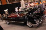 Как это ни кощунственно, но шикарный седан-купе Ford Camliner 1961 тоже выставлялся как хот-род. Родной карбюраторный двигатель в 7 литров заряжен до 622 сил с моментом 533 Нм | SEMA Show