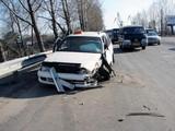 Заснув за рулем, таксист собрал пять машин