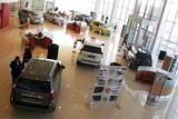 В мае продажи автомобилей выросли на треть