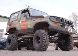 Toyota Land Cruiser LJ 72