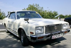 Toyota Crown MS 100
