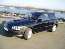 Фестиваль автотюнинга. Черный карлик (Toyota Starlet)