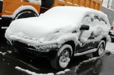 Обильный снегопад осложнил движение по дорогам Иркутска и области