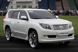 Toyota Land Cruiser Prado (BADmobile)