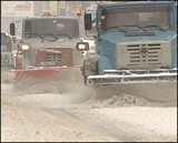 Коммунальщики Иркутска просят автомобилистов не мешать уборке снега