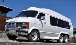 15-местный VIP-автобус Dodge Ram