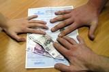 Полис ОСАГО стало сложно купить без переплаты