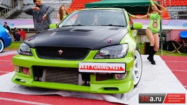 Toyota Altezza «Турбо-ящер»