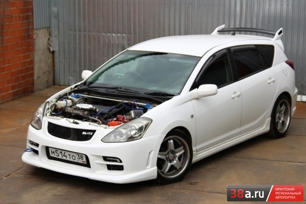 Toyota Caldina «Supercharged by Blitz»