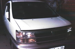 Nissan Elgrand (2001)