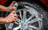 Автокосметика для улучшения дисков и шин машины
