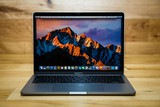 Особенности ноутбука Apple MacBook Pro 13 with Retina display Mid 2017