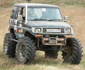 Toyota Land Cruiser с мостами Unimog
