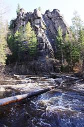 Олхинское плато и скальник Витязь