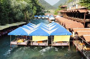 Рыбный ресторан на реке Димчай