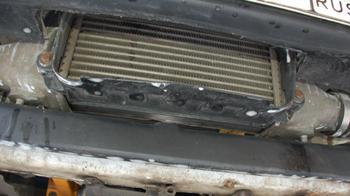 Интеркулер от SR20DET прячется под верхней частью бампера. Опять же с другой турбиной появится «холодильник» едва ли не во всю ширину автомобиля